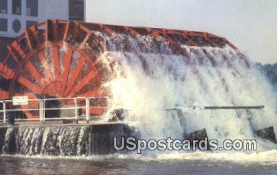 Queen Paddlewheel - Misc, Mississippi MS Postcard