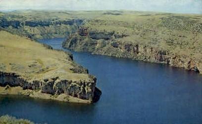 Portion of Yellowtail Dam Reservoir - Misc, Montana MT Postcard