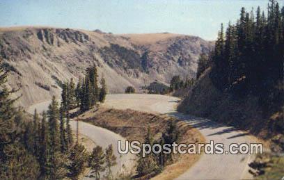 Mae West Curve - Yellowstone National Park, Montana MT Postcard