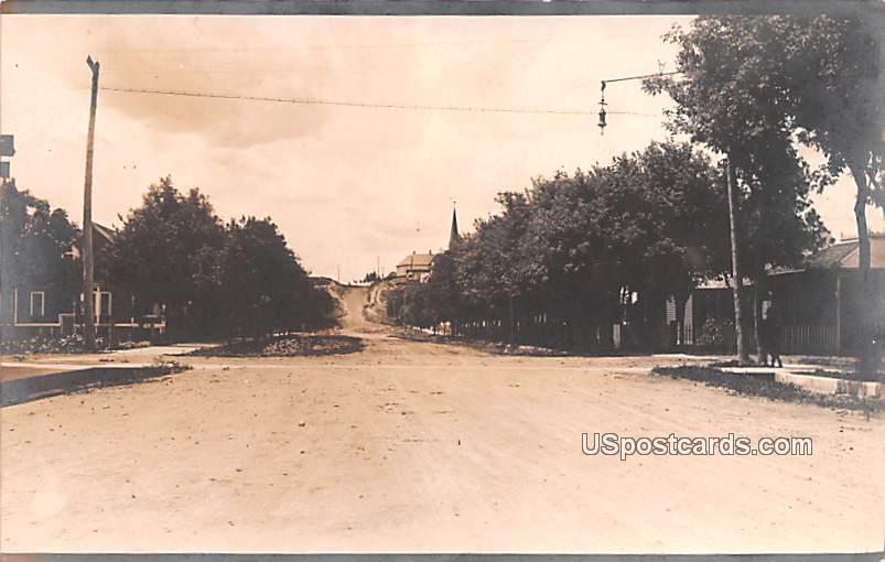 Street Scene - Euderliu, North Dakota ND Postcard