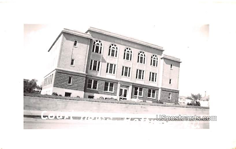Court House - Hettinger, North Dakota ND Postcard