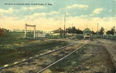 Entrance to Lincoln Park - Grand Forks, North Dakota ND Postcard
