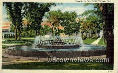 Fountain, City Park - Fremont, Nebraska NE Postcard