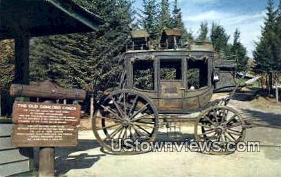 The Old Concord Coach - Franconia Notch, New Hampshire NH Postcard