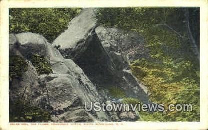 Bears Den - Franconia Notch, New Hampshire NH Postcard