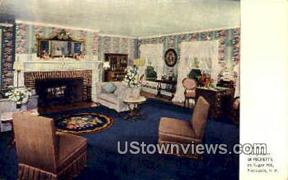 The West Living Room - Franconia Notch, New Hampshire NH Postcard