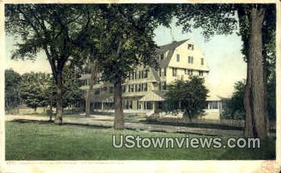 Colonial Hotel - Lake Winnipesaukee, New Hampshire NH Postcard