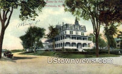 Hobbs Is Inn - Wolfeboro, New Hampshire NH Postcard