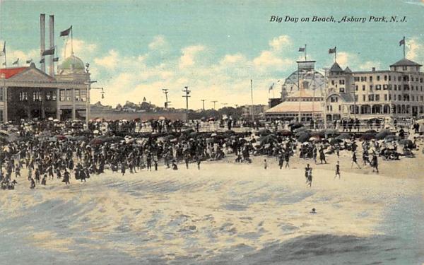Big Day on Beach Asbury Park, New Jersey Postcard