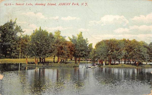 Sunset Lake, showing Island Asbury Park, New Jersey Postcard