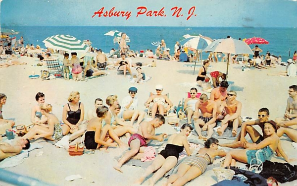 Bathers at Third Avenue Beach Asbury Park, New Jersey Postcard