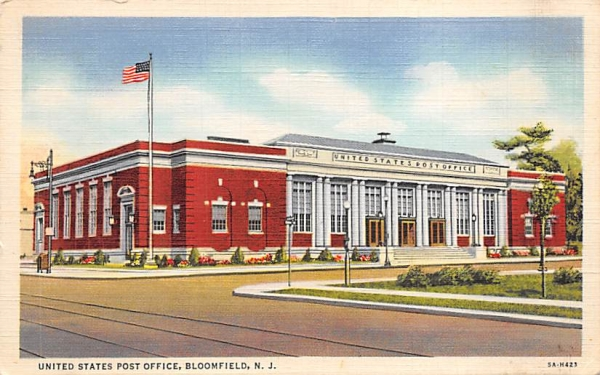 United States Post Office Bloomfield, New Jersey Postcard
