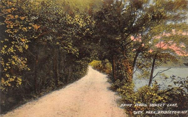 Drive Along Sunset Lake, City Park Bridgeton, New Jersey Postcard
