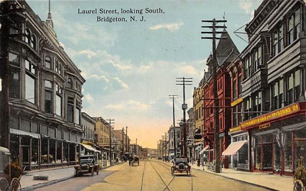 Laurel Street, Looking South Bridgeton, New Jersey Postcard