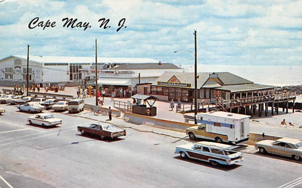 General View showing Beach Cape May, New Jersey Postcard