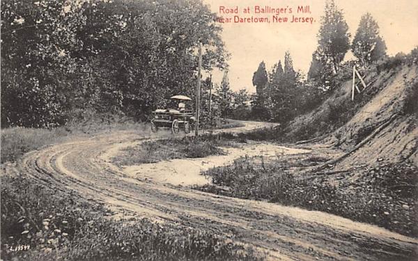 Road at Ballinger's Mill Daretown, New Jersey Postcard
