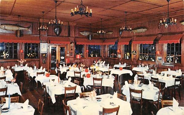 Knittel's Cedar Inn Highlands, New Jersey Postcard