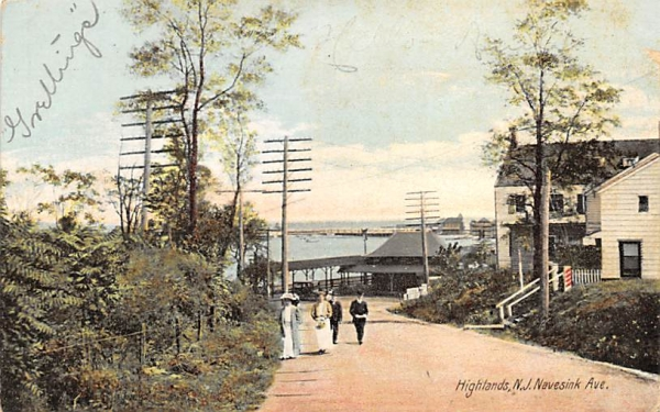 Navesink Ave Highlands, New Jersey Postcard