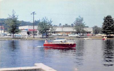 A view on Landing, N. J., USA Lake Hopatcong, New Jersey Postcard