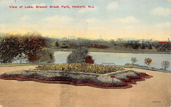 View of Lake, Branch Brook Park Newark, New Jersey Postcard