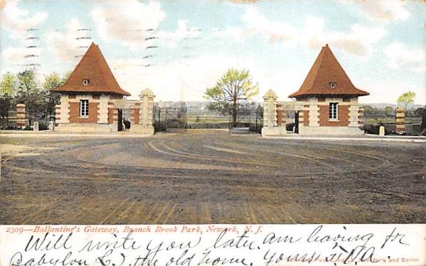 Ballantine's Gateway, Branch Brook Park Newark, New Jersey Postcard