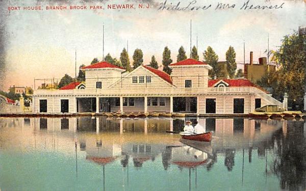Boat House, Branch Brook Park Newark, New Jersey Postcard