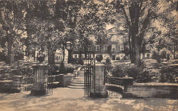 Class of 1902 Gate,