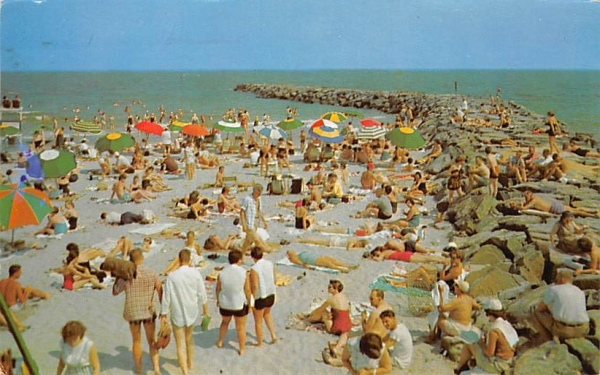 Beach Scene Ocean City, New Jersey Postcard