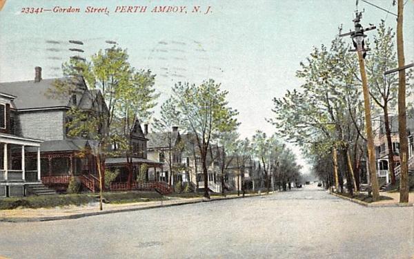 Gordon Street Perth Amboy, New Jersey Postcard