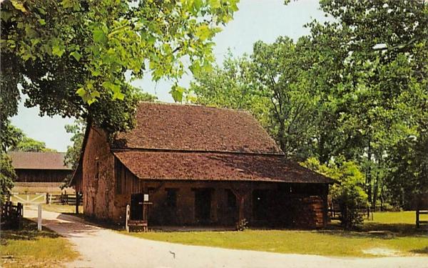 An interesting old barn Trenton, New Jersey Postcard