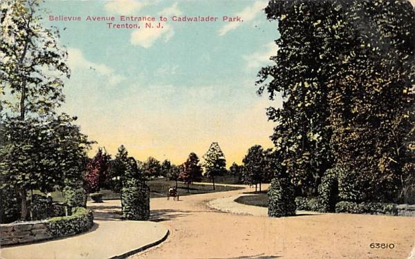 Bellevue Avenue, Entrance to Cadwalader Park Trenton, New Jersey Postcard