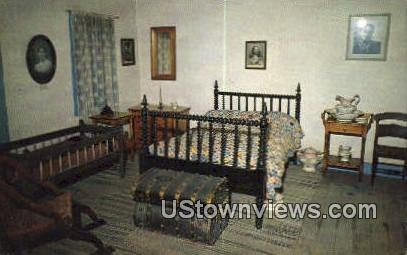 Bedroom of Kit Carson Home - Taos, New Mexico NM Postcard