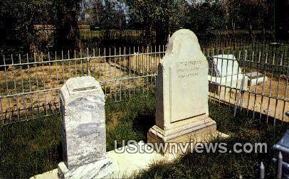Kit Carson's Grave - Taos, New Mexico NM Postcard