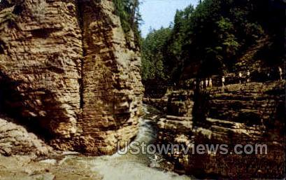 Hell's Gate - Ausable Chasm, New York NY Postcard