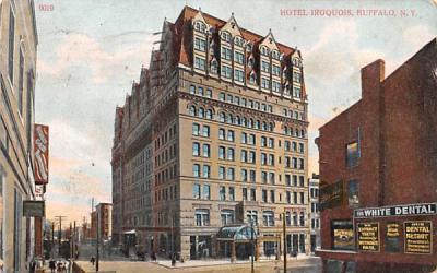 Hotle Iroquois Buffalo, New York Postcard