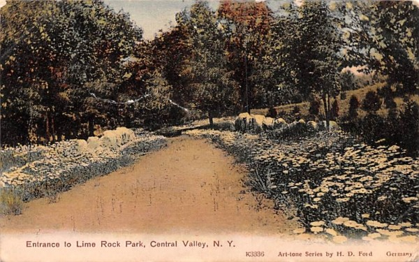 Entrance to Lime Rock Park Central Valley, New York Postcard