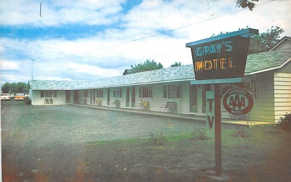 Grays Motel Clayton, New York Postcard