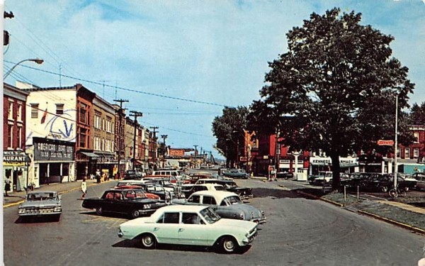 Riverside Drive Clayton, New York Postcard