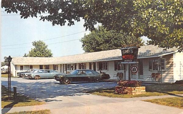 Gray's Motel Clayton, New York Postcard