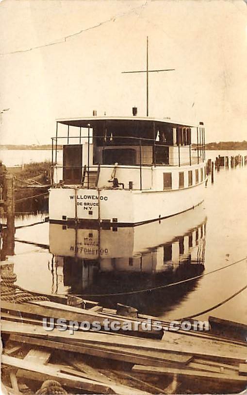 Willowemoc Boat - De Bruce, New York NY Postcard
