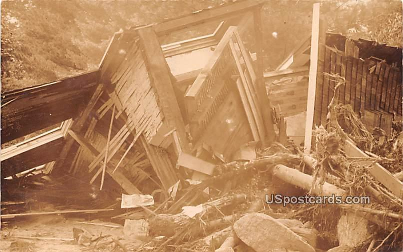 Wreckage - Ellenville, New York NY Postcard