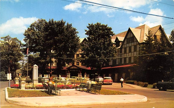 Liberty Square Ellenville, New York Postcard