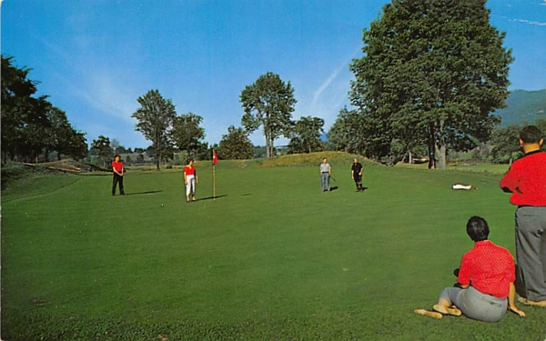Nevele Country Club Ellenville, New York Postcard