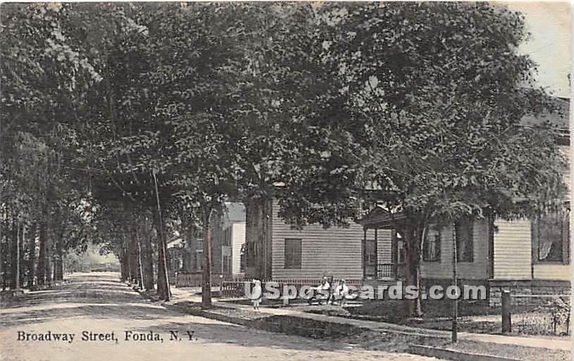 Broadway Street - Fonda, New York NY Postcard