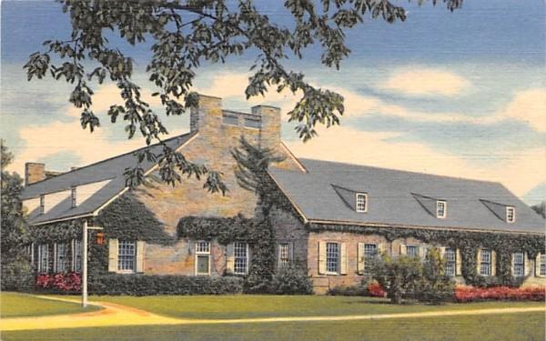 Franklin Roosevelt Library Hyde Park, New York Postcard