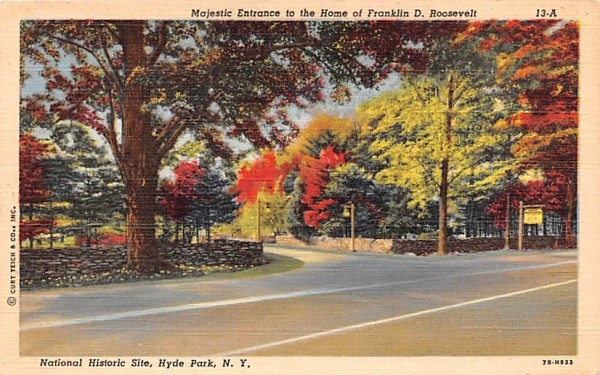 Majestic Entrance to Home of Franklin D Roosevelt Hyde Park, New York Postcard
