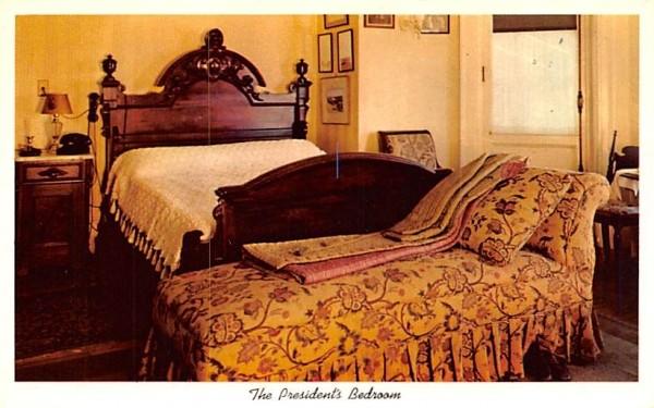 President's Bedroom Hyde Park, New York Postcard