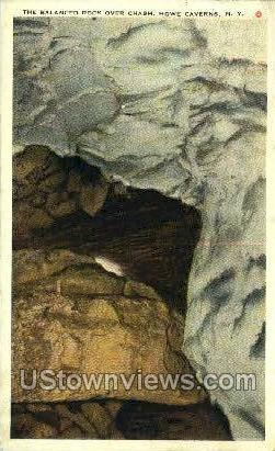 Balanced Rock - Howe Caverns, New York NY Postcard