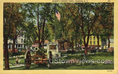 Seventh Street Park - Hudson, New York NY Postcard