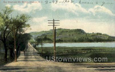 Bay Road - Hudson, New York NY Postcard
